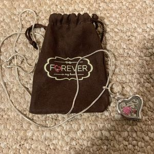 Jewelry - Forever In My Heart Floating Memory Charm Locket